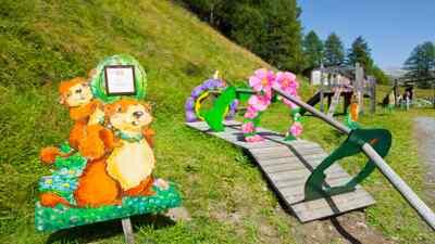 Murmi Schild beim Spielplatz
