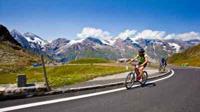 Radfahrer auf der Hochalpenstraße